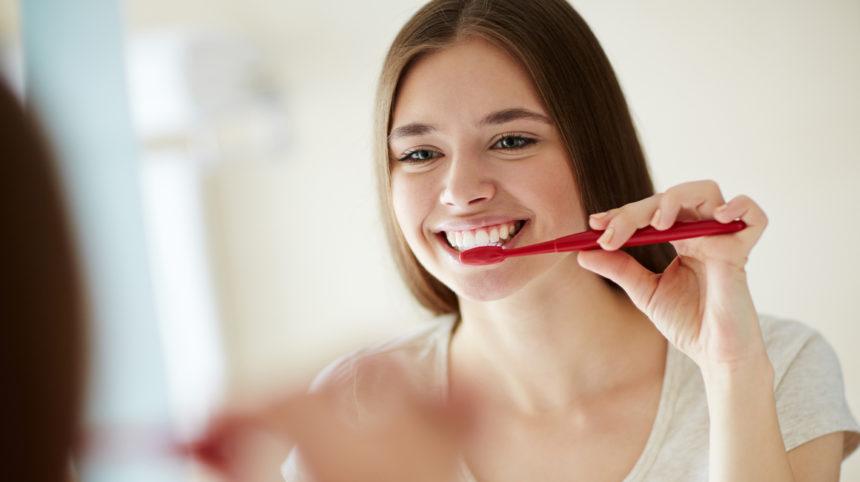 Putztechnik: Wie reinige ich meine Zähne am besten?